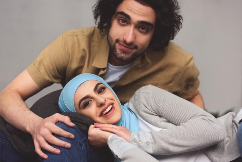 modern muslim couple